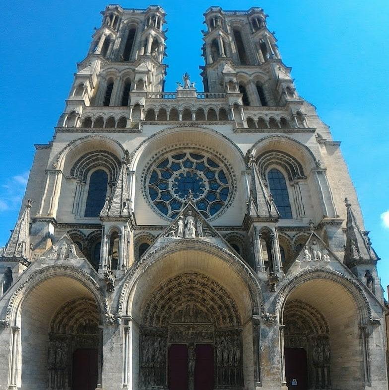 Cathédrale d'Orléans, lieux de la formation en hypnose